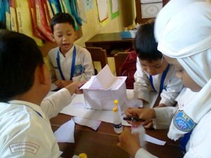 16. Mengajarkan Kerjasama (1)