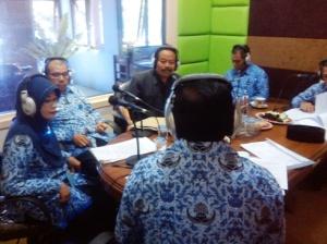 _Kepala MIM Siaran Bersama Bupati di Radio SWIBA_01