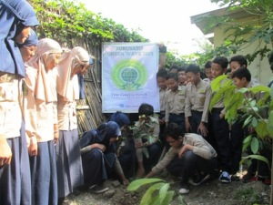 _Green Wave 2015_MI Muhammadiyah Karanganyar Central Java Indonesia_02